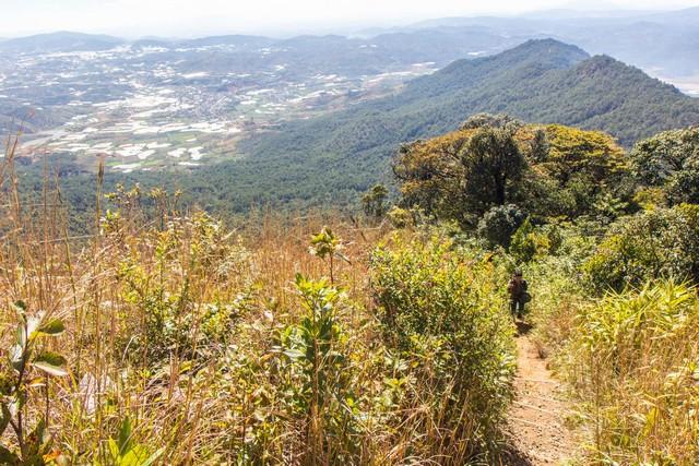 Lối leo núi Lang Biang