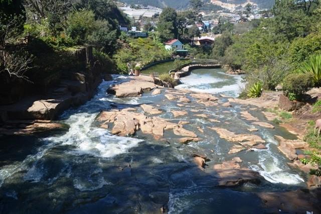 thác Cam Ly