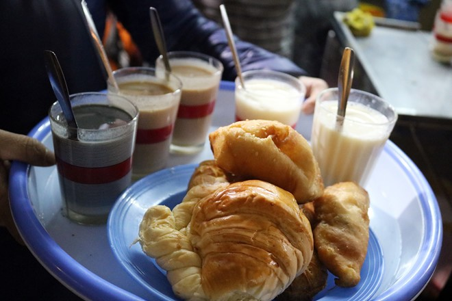 Cream puffs and soy milk are the favorite snack at Dalat night market